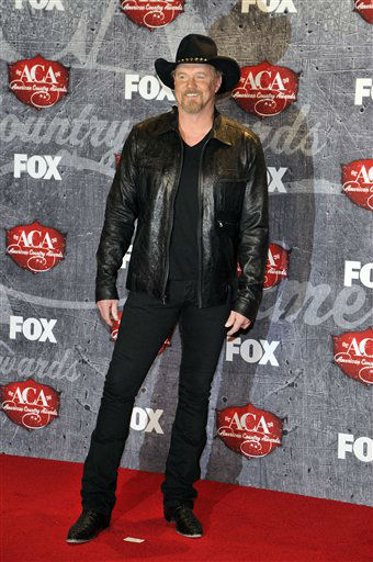 Recording artist Trace Adkins poses in the press room backstage at the American Country Awards on Monday, Dec. 10, 2012, in Las Vegas. &#40;Photo by Jeff Bottari&#47;Invision&#47;AP&#41; <span class=meta>(Photo&#47;Jeff Bottari)</span>