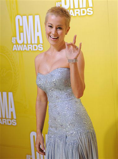 "<div class=""meta ""><span class=""caption-text "">Kellie Pickler arrives at the 46th Annual Country Music Awards at the Bridgestone Arena on Thursday, Nov. 1, 2012, in Nashville, Tenn.   (Photo/Chris Pizzello)</span></div>"