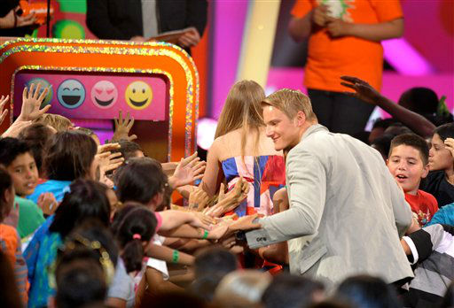 Willow Shields and Alexander Ludwig at the 26th annual Nickelodeon&#39;s Kids&#39; Choice Awards on Saturday, March 23, 2013, in Los Angeles. <span class=meta>(AP photo)</span>