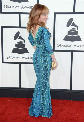 "<div class=""meta ""><span class=""caption-text "">Julie Griffin arrives at the 56th annual GRAMMY Awards at Staples Center on Sunday, Jan. 26, 2014, in Los Angeles.   (Photo/Jordan Strauss)</span></div>"