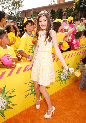 "<div class=""meta ""><span class=""caption-text "">Actress Ciara Bravo arrives at the 26th annual Nickelodeon's Kids' Choice Awards on Saturday, March 23, 2013, in Los Angeles.  (AP photo)</span></div>"