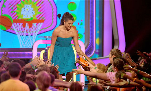 Danica Patrick accepts the award for favorite female athlete at the 26th annual Nickelodeon&#39;s Kids&#39; Choice Awards on Saturday, March 23, 2013, in Los Angeles.  <span class=meta>(AP photo)</span>