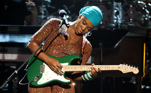 India.Arie performs onstage at the BET Awards at the Nokia Theatre on Sunday, June 30, 2013, in Los Angeles. &#40;Photo by Frank Micelotta&#47;Invision&#47;AP&#41; <span class=meta>(AP Photo&#47; Frank Micelotta)</span>