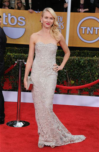 "<div class=""meta ""><span class=""caption-text "">Actress Naomi Watts arrives at the 19th Annual Screen Actors Guild Awards at the Shrine Auditorium in Los Angeles on Sunday, Jan. 27, 2013.   (Photo/Jordan Strauss)</span></div>"