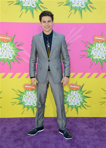 "<div class=""meta ""><span class=""caption-text ""> Actor Jake T. Austin arrives at the 26th annual Nickelodeon's Kids' Choice Awards on Saturday, March 23, 2013, in Los Angeles. (AP photo)</span></div>"