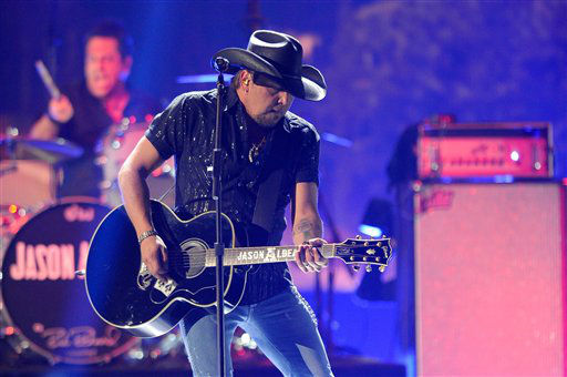 Jason Aldean performs during the American Country Awards on Monday, Dec. 10, 2012, in Las Vegas. &#40;Photo by Al Powers&#47;Powers Imagery&#47;Invision&#47;AP&#41; <span class=meta>(Photo&#47;Al Powers)</span>