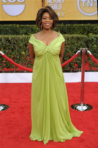 Alfre Woodard arrives at the 19th Annual Screen Actors Guild Awards at the Shrine Auditorium in Los Angeles on Sunday, Jan. 27, 2013. &#40;Photo by Chris Pizzello&#47;Invision&#47;AP&#41; <span class=meta>(Photo&#47;Chris Pizzello)</span>