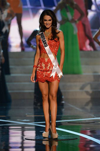 "<div class=""meta ""><span class=""caption-text "">Miss Maryland Kasey Staniszewski walks the runway during the introductions of the Miss USA 2013 pageant, Sunday, June 16, 2013, in Las Vegas. (AP Photo/Jeff Bottari) (AP Photo/ Jeff Bottari)</span></div>"