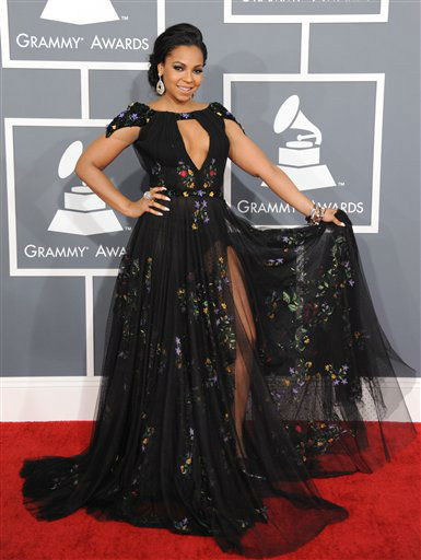 Ashanti arrives at the 55th annual Grammy Awards on Sunday, Feb. 10, 2013, in Los Angeles. <span class=meta>(AP photo)</span>