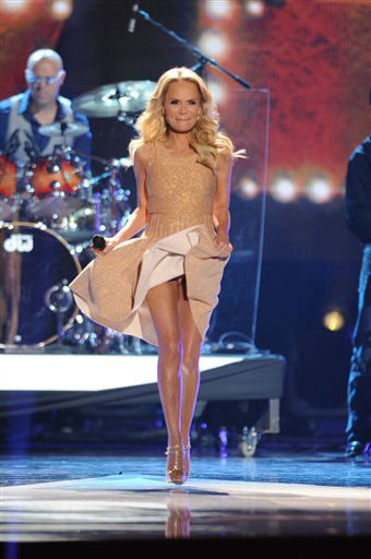 Kristin Chenoweth performs during the American Country Awards on Monday, Dec. 10, 2012, in Las Vegas. &#40;Photo by Al Powers&#47;Powers Imagery&#47;Invision&#47;AP&#41; <span class=meta>(Photo&#47;Al Powers)</span>