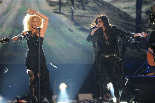 Little Big Town performs during the American Country Awards on Monday, Dec. 10, 2012, in Las Vegas. &#40;Photo by Al Powers&#47;Powers Imagery&#47;Invision&#47;AP&#41; <span class=meta>(Photo&#47;Al Powers)</span>