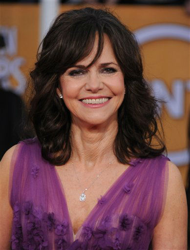 "<div class=""meta ""><span class=""caption-text "">Actress Sally Field arrives at the 19th Annual Screen Actors Guild Awards at the Shrine Auditorium in Los Angeles on Sunday Jan. 27, 2013. (Photo by Jordan Strauss/Invision/AP) (Photo/Jordan Strauss)</span></div>"