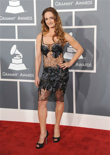 D&#39;manti arrives at the 55th annual Grammy Awards on Sunday, Feb. 10, 2013, in Los Angeles. <span class=meta>(AP photo)</span>