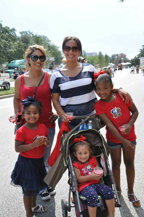 "<div class=""meta ""><span class=""caption-text "">Many came out to celebrate our freedom at Eleanor Tinsley Park with Freedom Over Texas on Wednesday, July 4, 2012 (KTRK Photo/ Blanca Beltran)</span></div>"
