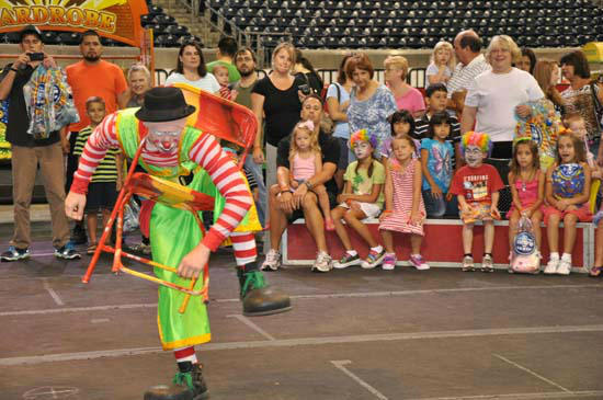 "<div class=""meta image-caption""><div class=""origin-logo origin-image ""><span></span></div><span class=""caption-text"">Images from the Ringling Bros. and Barnum & Bailey® as they present an all-new show -- Fully Charged at Reliant Stadium (KTRK Photo/ Blanca Beltran)</span></div>"