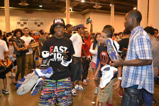 "<div class=""meta ""><span class=""caption-text "">Many sneaker lovers from all over Texas packed the Reliant Center on Sunday, July 29, to attend the H-Town Sneaker Summit. (KTRK Photo/ Alex Green)</span></div>"
