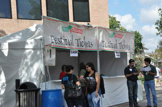 The 34th Italian Festival features everything from delicious Italian food, pastries, shopping for unique items and plenty of entertainment.  The festival runs through Sunday on the campus of the University of St. Thomas. <span class=meta>(ABC-13&#47;Blanca Beltran-Brand)</span>