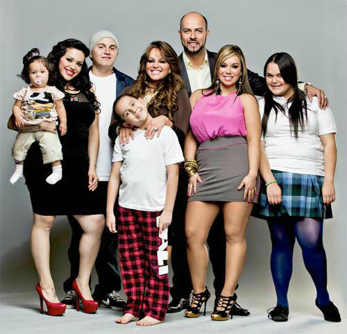 Jenni Rivera and family from &#38;quot;I Love Jenni&#38;quot;.  &#40;PRNewsFoto&#47;mun2&#41; THIS CONTENT IS PROVIDED BY PRNewsfoto and is for EDITORIAL USE ONLY** <span class=meta>(Photo&#47;Anonymous)</span>