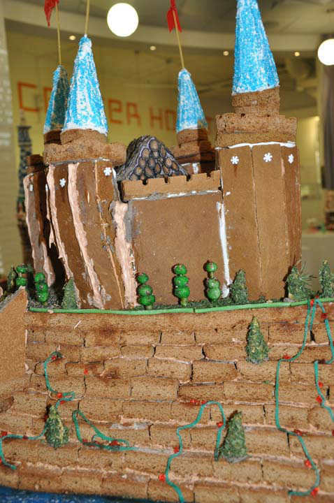 "<div class=""meta ""><span class=""caption-text "">At least 27 teams of local architecture firms, design professional, students, and enthusiasts competed in the 4th Annual Gingerbread Build-Off.  Several awards were handed out acknowledging the most unique and creative gingerbread structures completed.  (Photo/ABC13)</span></div>"