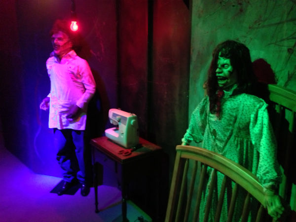 The Funeral Museum of Houston is just one of the places that are sure to give you the creeps this Halloween.  <span class=meta>(KTRK Photo&#47; John Mizwa)</span>