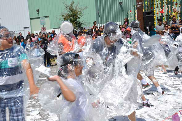 March 14 is Pi Day, and to commemorate the mathematical constant, the Children&#39;s Museum of Houston closed off a side street in the Museum District and invited 100 children and adults to participate in a shaving cream fight. The battle started precisely at 1:59pm, cleverly paying homage to pi by using its first few numbers, 3.14159. <span class=meta>(KTRK Photo&#47; Mena El-Sharkawi)</span>