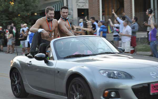 Thousands of people braved the heat Saturday to participate in 35th annual Houston LGBT Pride Festival and parade in the Montrose area. The crowd at this year&#39;s day-long celebration was even more excited than usual because it happened just days after the Supreme Court made two rulings in favor of same-sex marriage in states where it is legal. <span class=meta>(KTRK Photo&#47; Mena El-Sharkawi&#47;Web producer)</span>