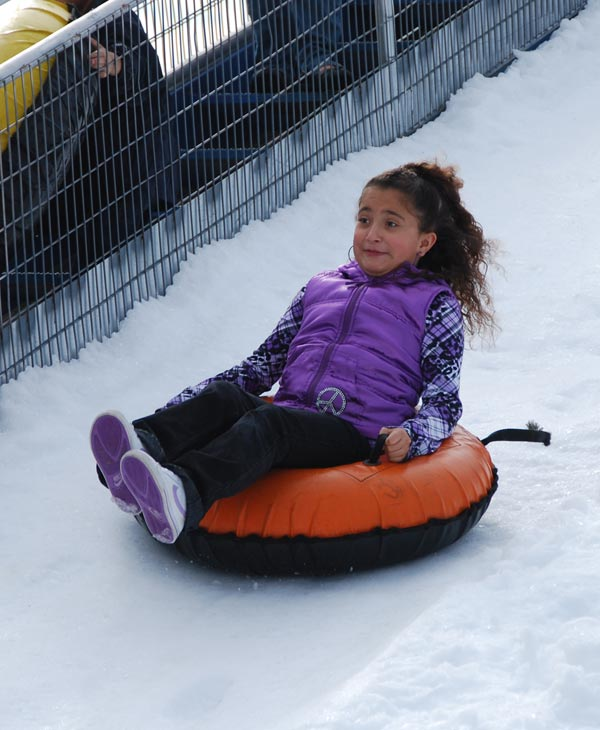 "<div class=""meta ""><span class=""caption-text "">The 15th Annual Pearland Winterfest was held on Saturday.  It was a fun-filled day with the sights, sounds and activities of winter, including rides and great entertainment. (KTRK)</span></div>"