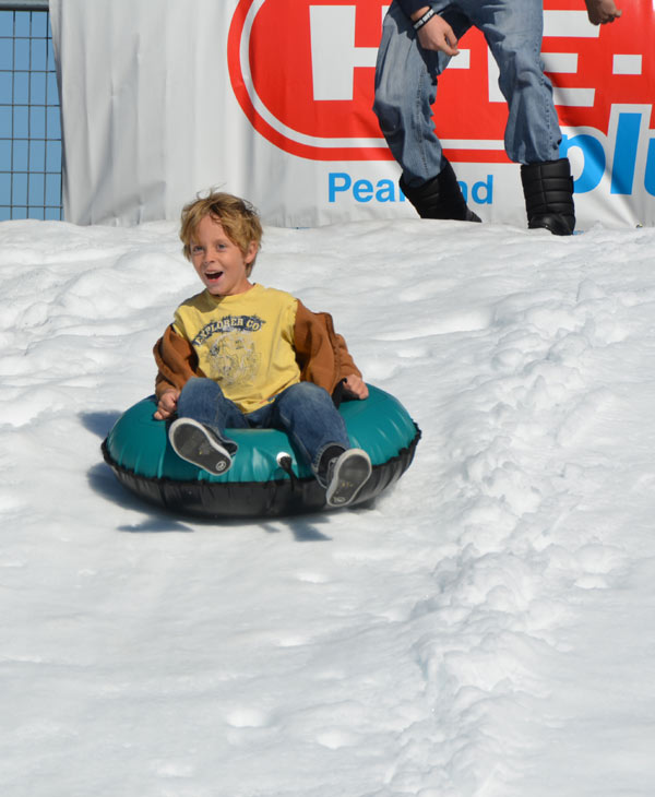 The Annual Pearland Winterfest was held on Saturday.  It was a fun-filled day with winter activities, including rides and great entertainment. <span class=meta>(Blanca Beltran)</span>