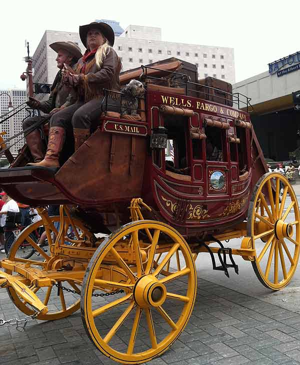 "<div class=""meta image-caption""><div class=""origin-logo origin-image ""><span></span></div><span class=""caption-text"">Photos from Rodeo Houston Parade, February 26, 2011</span></div>"