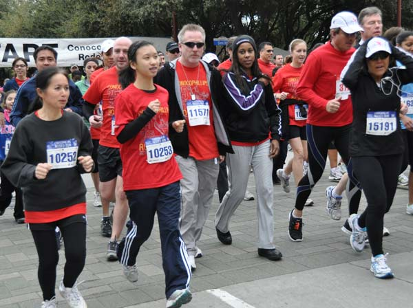 "<div class=""meta ""><span class=""caption-text "">Many took part in the 25th annual ConocoPhillips Rodeo Run, which included a 10K race and 5K fun run/walk  (KTRK/Blanca Beltran)</span></div>"