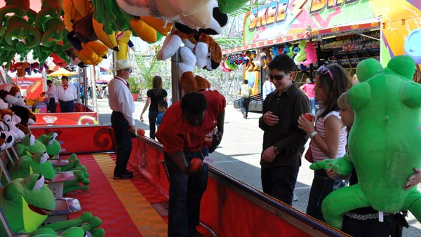 Images from the Carnival at the Houston Livestock Show and Rodeo &#40;Photo by: Blanca Beltran&#41; <span class=meta>(KTRK)</span>