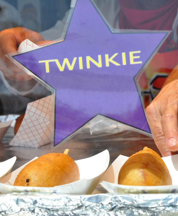 "<div class=""meta ""><span class=""caption-text "">Fried Twinkie at a vendor at the Houston Rodeo Carnival (Photo by: Blanca Beltran) (KTRK)</span></div>"