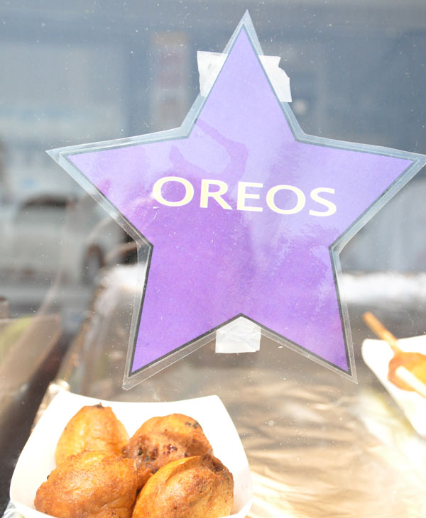 Fried Oreos are the one of the favorite items at the Houston Rodeo Carnival &#40;Photo by: Blanca Beltran&#41; <span class=meta>(KTRK)</span>