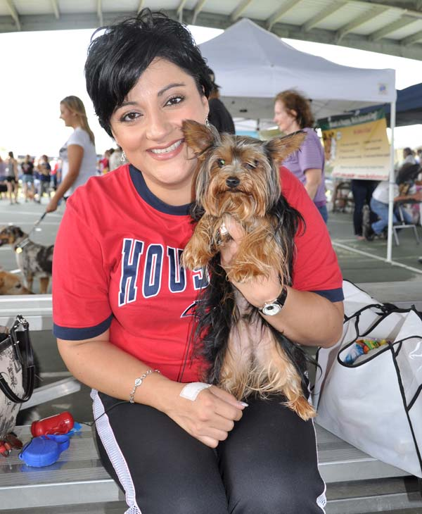 &#39;Paws in the Park&#39; was held in Pearland to support animal adoption over the weekend &#40;Photo by: Blanca Beltran&#41;  <span class=meta>(KTRK)</span>