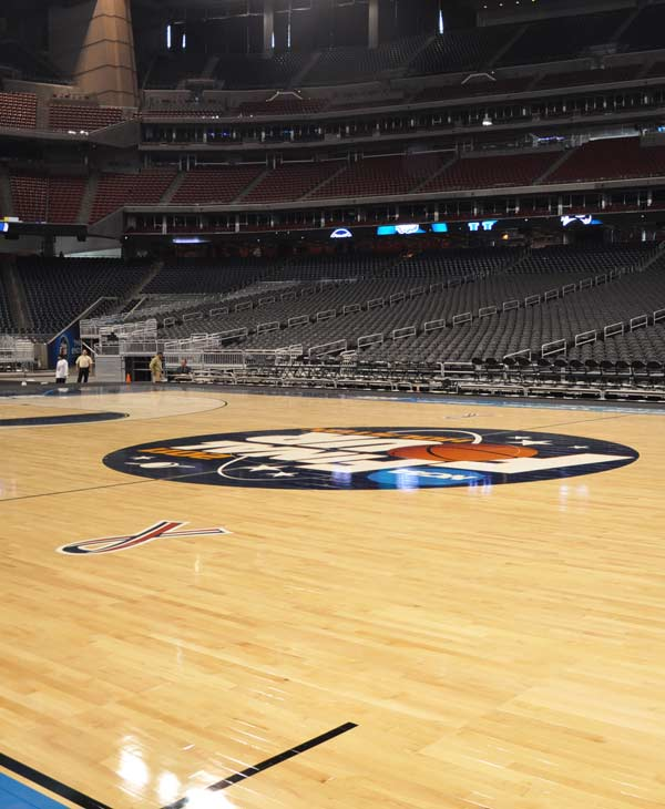 "<div class=""meta ""><span class=""caption-text ""> Reliant Stadium is being transformed as the eyes of the basketball world focus squarely on Houston for the Final Four (KTRK)</span></div>"