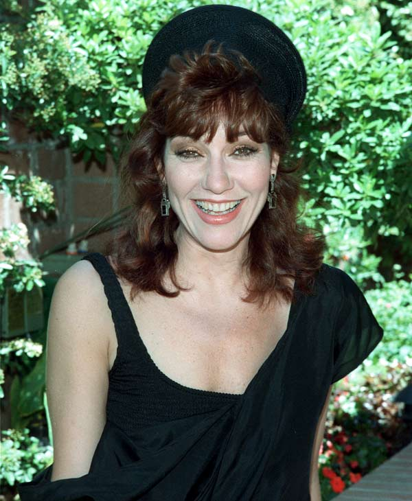 "Katey Sagal as Peg Bundy in 'Married with Children'  Actress Katey Sagal poses in Los Angeles, Calif., on April 27, 1987. Sagal is starring in the Fox television series ""Married With Children."" (AP Photo/Bob Galbraith)"