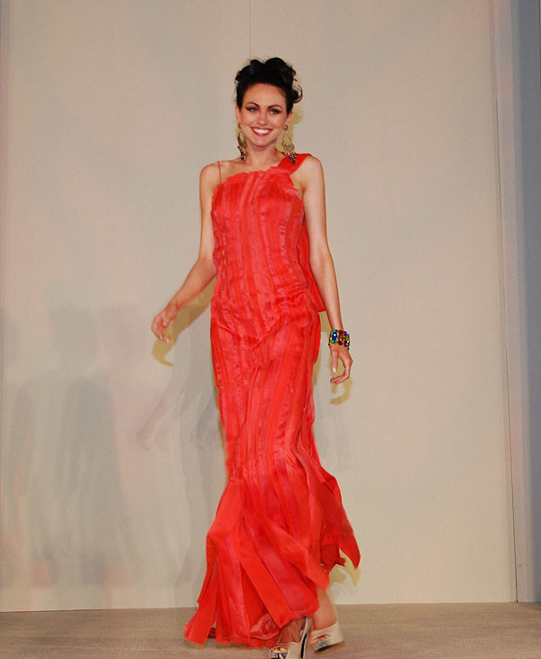 "<div class=""meta ""><span class=""caption-text "">The Latin Women's Initiative hosted the CARRIBEAN CORAL 9th Annual Fashion Show Luncheon + Bazaar and it featured the 2011 Summer Collection of Designers JI + Bertholdo  (Blanca Beltran)</span></div>"