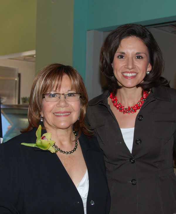ABC-13 former reporter Elma Barrera was honored at the WIFT Houston Honors luncheon and was given the Jade Award