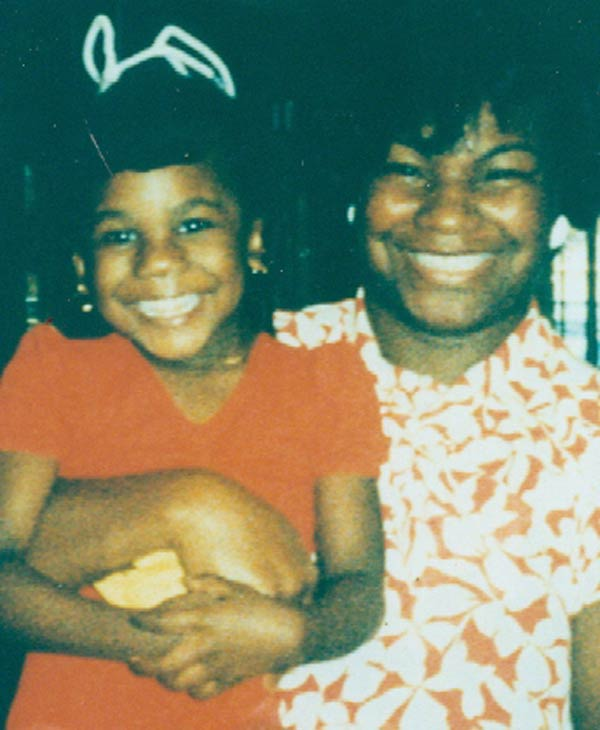 ABC-13 Reporter Samica Knight and her mother <span class=meta>(Samica Knight)</span>