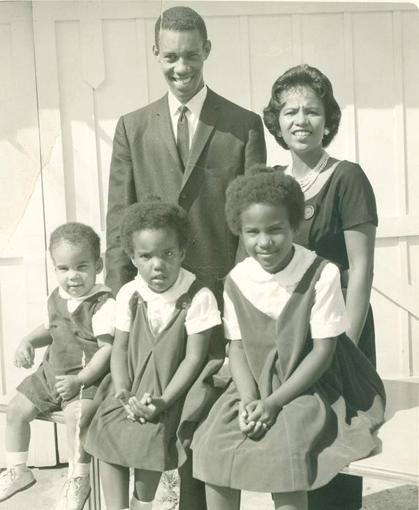 ABC-13 anchor Melanie Lawson and her parents <span class=meta>(Melanie Lawson)</span>