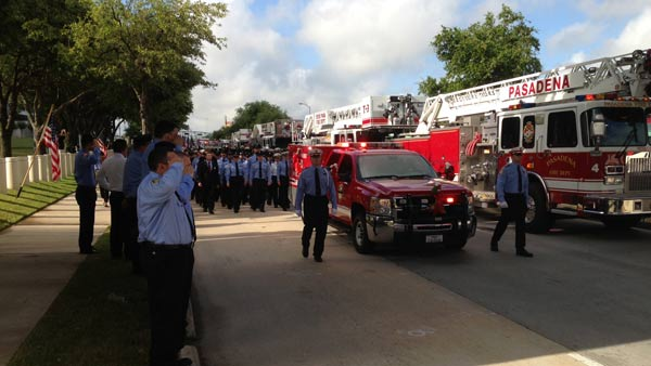 "<div class=""meta image-caption""><div class=""origin-logo origin-image ""><span></span></div><span class=""caption-text"">Just outside Reliant Stadium, as firefighters arrive this morning for the firefighter memorial service (ABC13/Linh Nguyen)</span></div>"