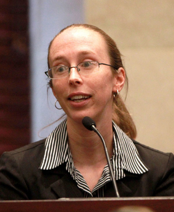 Crime scene investigator Jennifer Welch of the Orange County Sheriff's Office testifies during the trial of Casey Anthony at the Orange County Courthouse, Thursday, June 9, 2011 in Orlando, Fla. Anthony, 25, is charged with killing her daughter Caylee in the summer of 2008. (AP Photo/Joe Burbank, Pool)