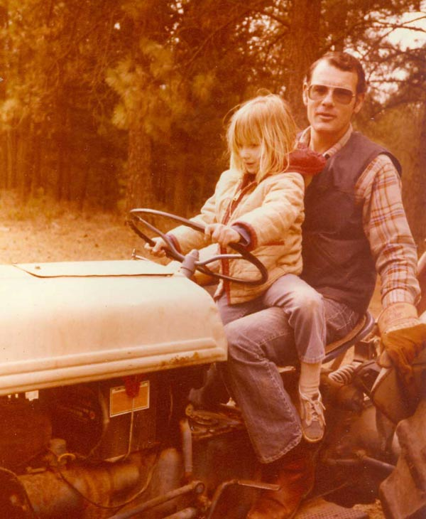 "<div class=""meta ""><span class=""caption-text "">ABC-13 anchor Ilona Carson and her father, Pierce (Ilona Carson)</span></div>"