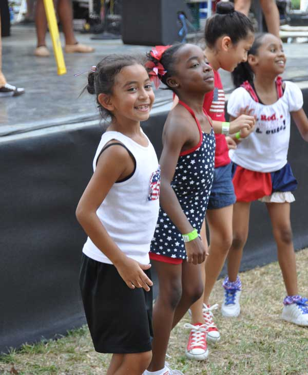 "<div class=""meta image-caption""><div class=""origin-logo origin-image ""><span></span></div><span class=""caption-text"">Many came out to celebrate our freedom at Eleanor Tinsley Park with Freedom Over Texas on Monday, July 4, 2011</span></div>"