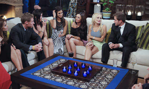"<div class=""meta image-caption""><div class=""origin-logo origin-image ""><span></span></div><span class=""caption-text"">Hosted by Chris Harrison (""The Bachelor,"" ""The Bachelorette""), ""Bachelor Pad"" returns MONDAY, AUGUST 8 (8:00-11:00 p.m., ET) with its most controversial cast to date, as 18 unforgettable characters from the ""Bachelor"" franchise - those we love and those we love to hate -- gather back at the mansion to live together and compete for $250,000 and possibly a second chance at love. The drama begins as the contestants move into the ""Bachelor"" mansion to meet their fellow competitors on a night where Jake Pavelka and Vienna Girardi will come face to face for the first time since their unforgettable primetime showdown. In their first challenge, the ""Hook Up,"" the men and women will pair off into couples clinging to each other 10-feet high. The couple who can hang on to each other the longest will win the challenge and be saved from elimination. At the end of the episode, one man and one woman will be voted off. (ABC/GREG ZABILSKI) VIENNA GIRARDI, CHRIS HARRISON</span></div>"