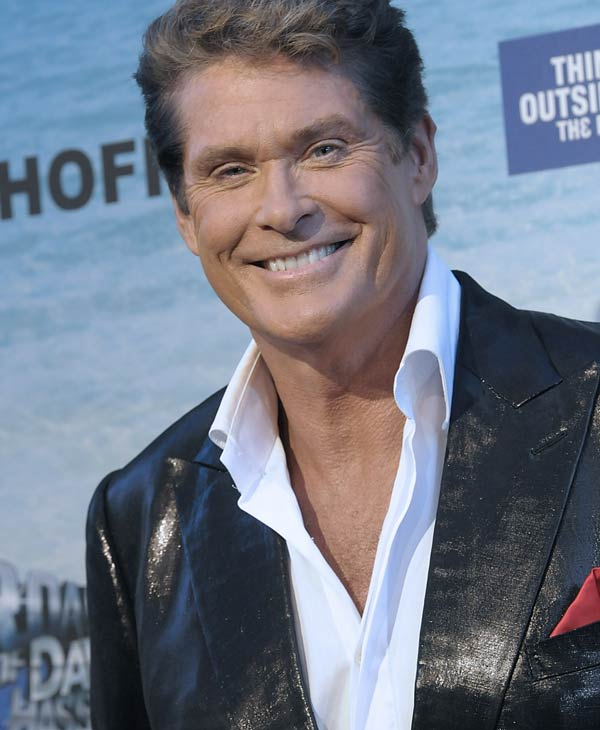 "<div class=""meta ""><span class=""caption-text "">Actor and roastee David Hasselhoff arrives at the Comedy Central Roast of David Hasselhoff on Sunday, Aug. 1, 2010 in Culver City, Calif. (AP Photo/Dan Steinberg)</span></div>"