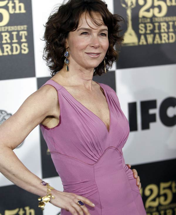 "<div class=""meta ""><span class=""caption-text "">Jennifer Grey arrives at the Independent Spirit Awards on Friday, March 5, 2010, in Los Angeles. (AP Photo/Matt Sayles)</span></div>"
