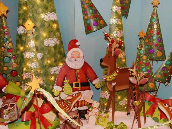 "<div class=""meta image-caption""><div class=""origin-logo origin-image ""><span></span></div><span class=""caption-text"">This year's Nutcracker Market, themed ""Toy Town Texas,""  features more than 323 national and international merchants carefully selected for their unique offerings selling gifts for the entire family -- home décor, gourmet food, garden, clothing, novelties, accessories and more. All proceeds from the Market benefit Houston Ballet Foundation, Houston Ballet's Ben Stevenson Academy and its scholarship funds.  (KTRK/Blanca Beltran)</span></div>"