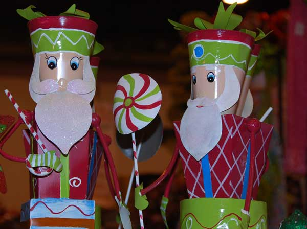 This year&#39;s Nutcracker Market, themed &#34;Toy Town Texas,&#34;  features more than 323 national and international merchants carefully selected for their unique offerings selling gifts for the entire family -- home d&#233;cor, gourmet food, garden, clothing, novelties, accessories and more. All proceeds from the Market benefit Houston Ballet Foundation, Houston Ballet&#39;s Ben Stevenson Academy and its scholarship funds.  <span class=meta>(KTRK&#47;Blanca Beltran)</span>