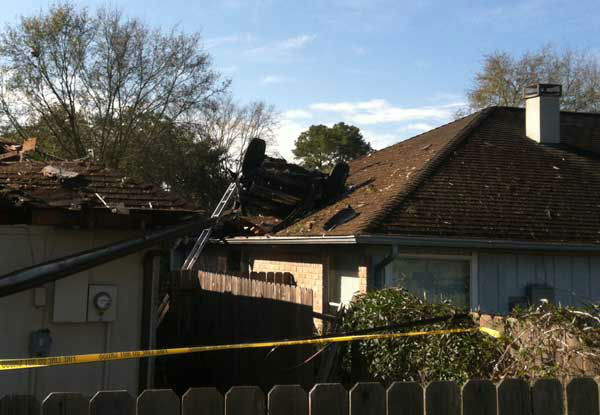 "<div class=""meta image-caption""><div class=""origin-logo origin-image ""><span></span></div><span class=""caption-text"">These are photos reporter Simon Gutierrez took from the scene Sunday morning. (Photo/ABC13)</span></div>"